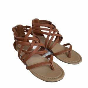 Bella Marie Gladiator Strappy brown flats Size 6.5